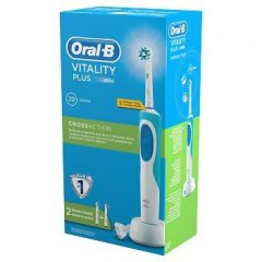 Oral-B Vitality Plus 2DAction  elektromos fogkefe 2db pótkefével (D12.523)